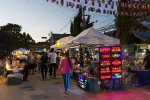 Nachtmarkt Chiang Rai-klein