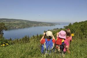 Fabelweg_Kinder_mit_Seeblick,_Thurgau_Tourismus - klein